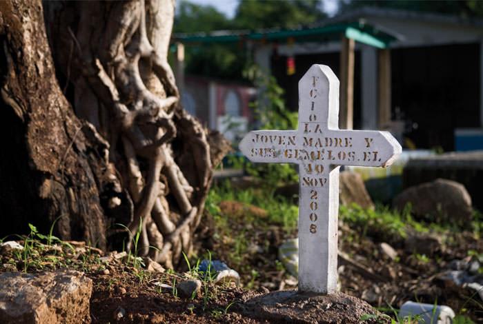 Grave, 72 Migrantes.jpg
