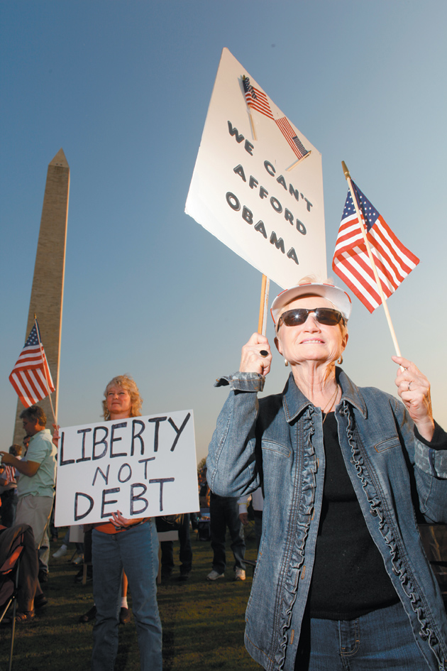 Tea Party supporters at the Washington Monument, April 15, 2010