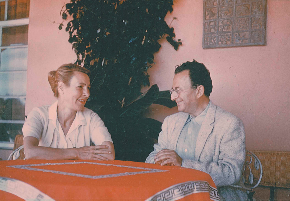 Erich Fromm and his third wife, Annis Freeman, shortly after their marriage, Mexico, 1953