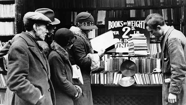 Booksellers in Charing Cross Road.jpg
