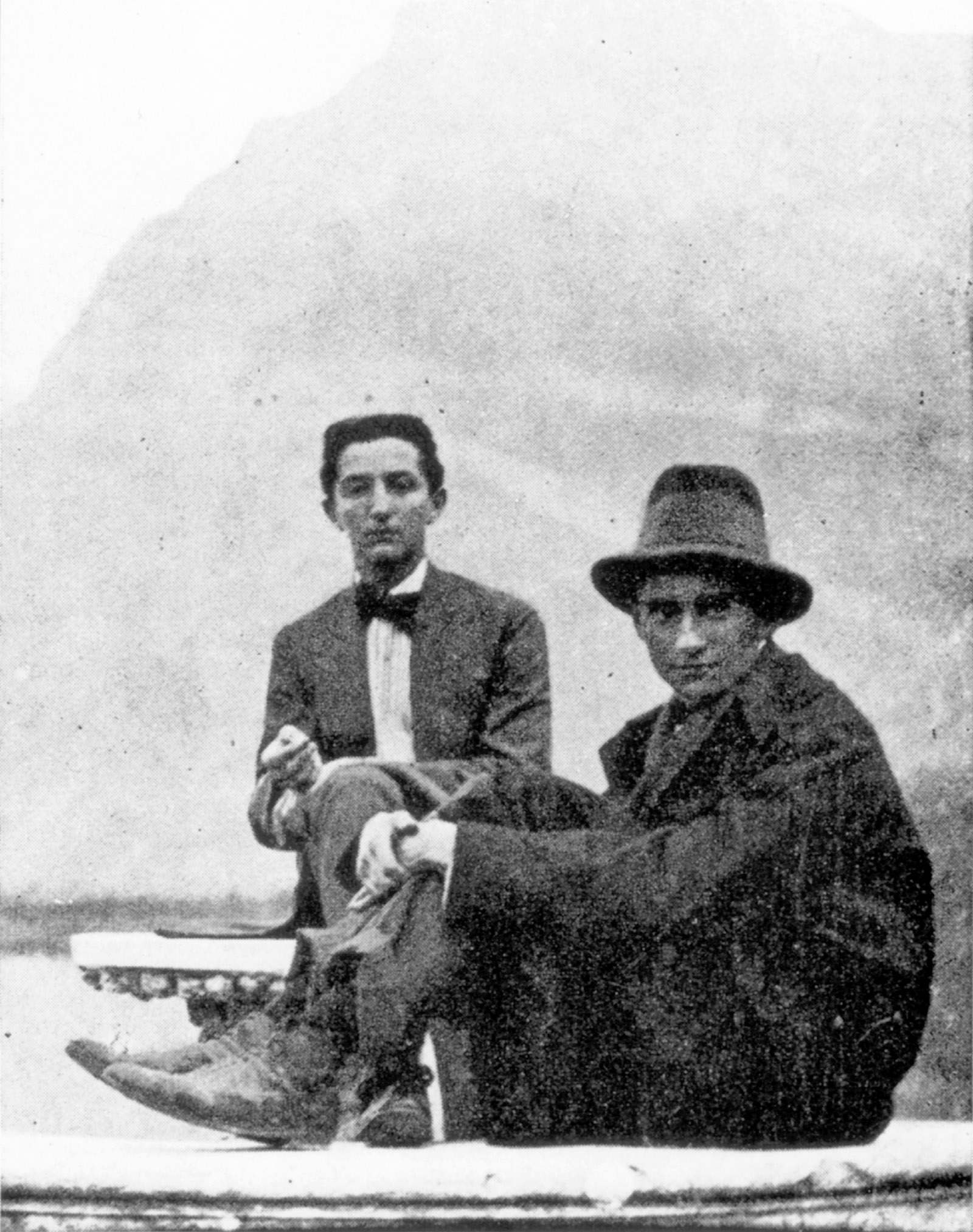 Franz Kafka (right) with Max Brod's younger brother, Otto, at the Castel Toblino near Trento, Italy, 1909