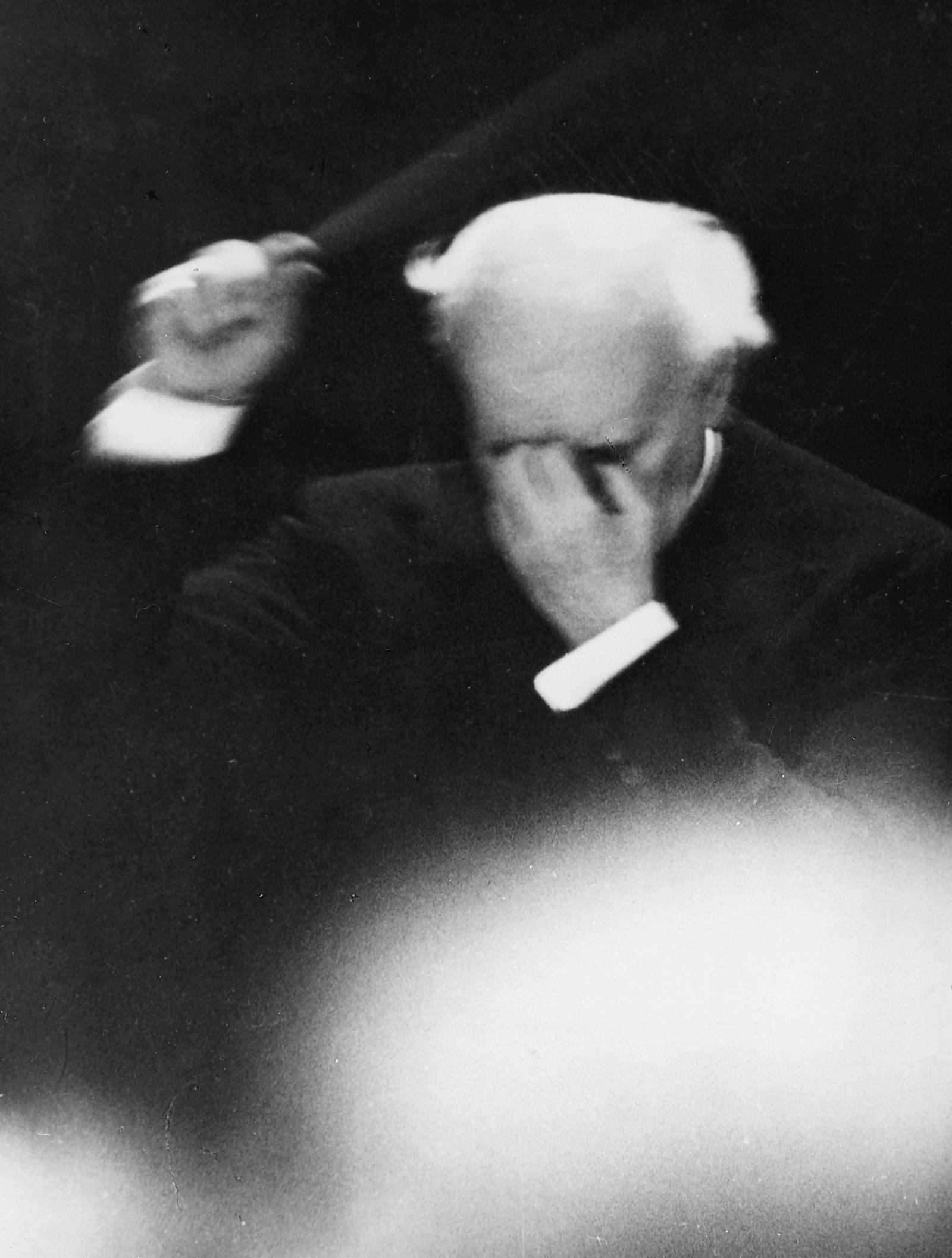Arturo Toscanini conducting his last concert with the NBC Symphony Orchestra, April 1954