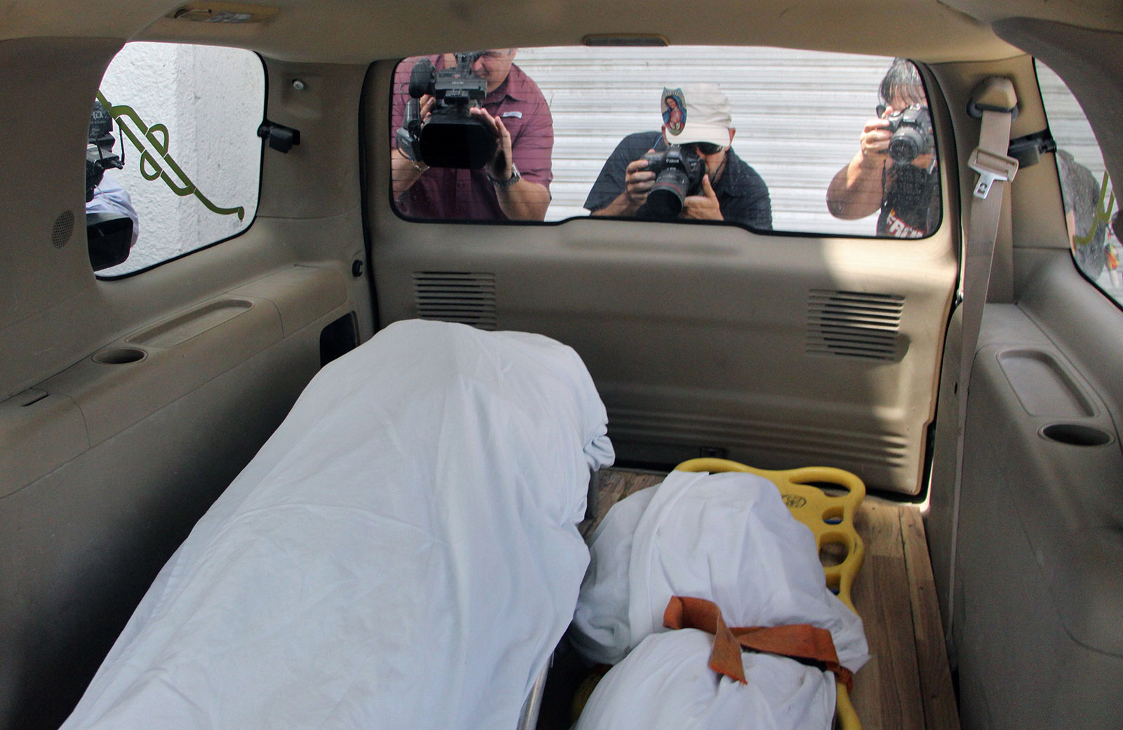 The recovered bodies of Óscar Alberto Martínez Ramírez and his daughter Valeria, who drowned crossing the Rio Grande, being transported to the forensic service in Matamoros, Mexico, June 26, 2019
