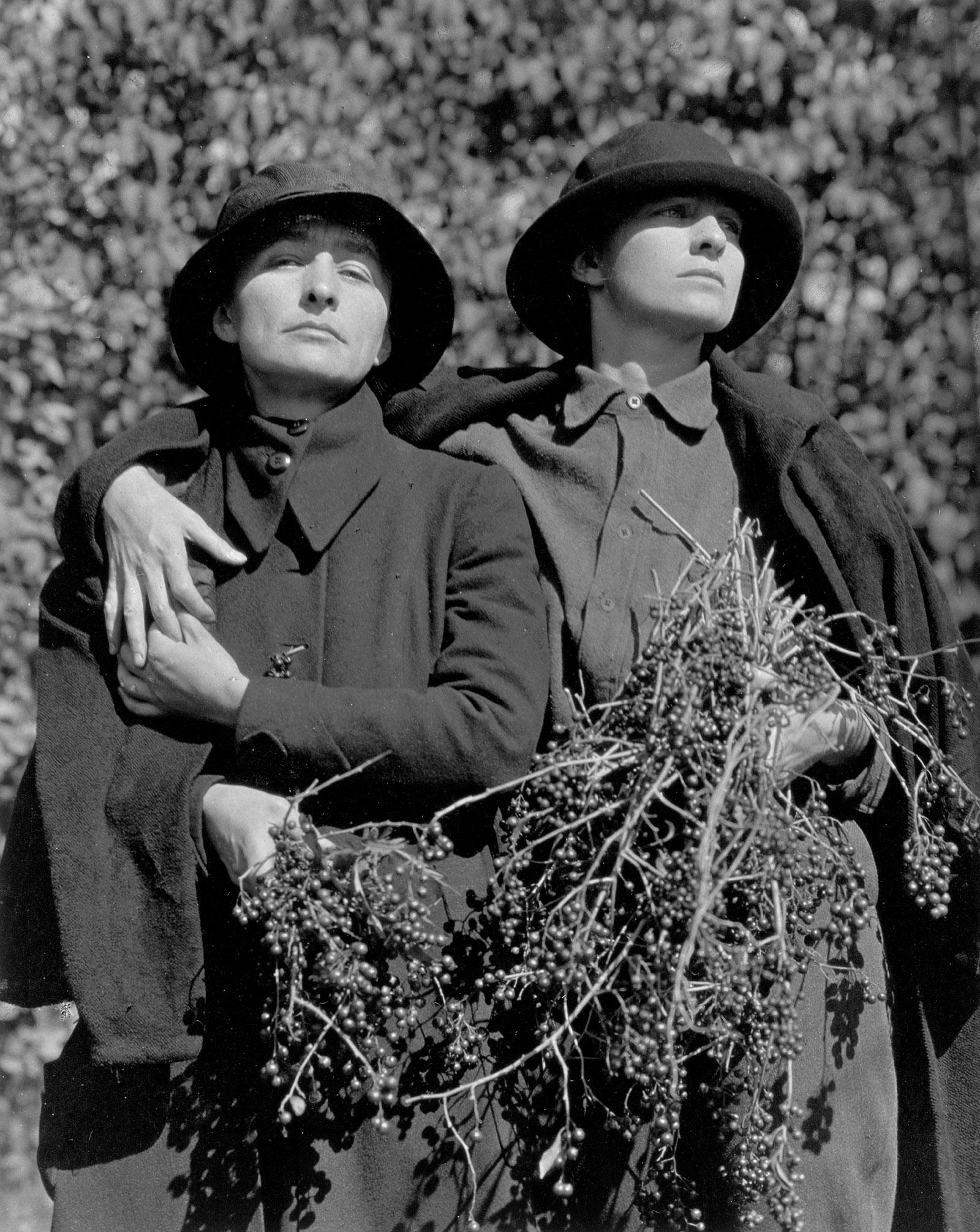 Georgia O'Keeffe and Rebecca Strand, 1922–1923, a photograph by Alfred Stieglitz