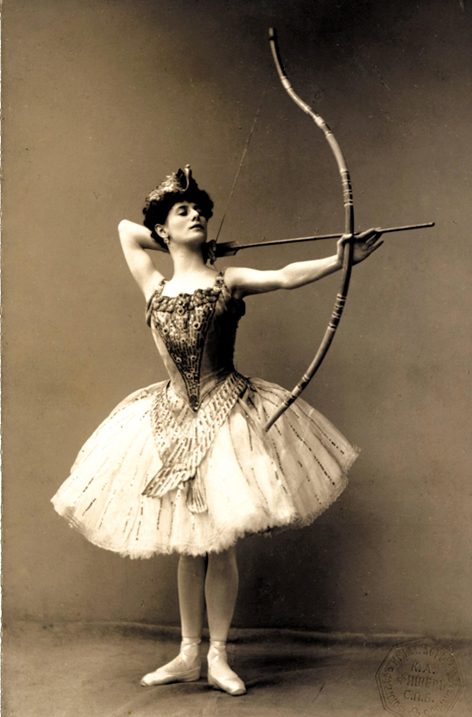 Anna Pavlova as Aspicia in The Pharaoh's Daughter, 1906