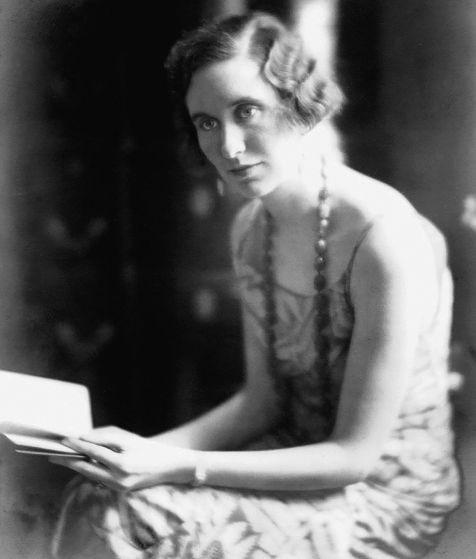 Iris Origo, 1936
