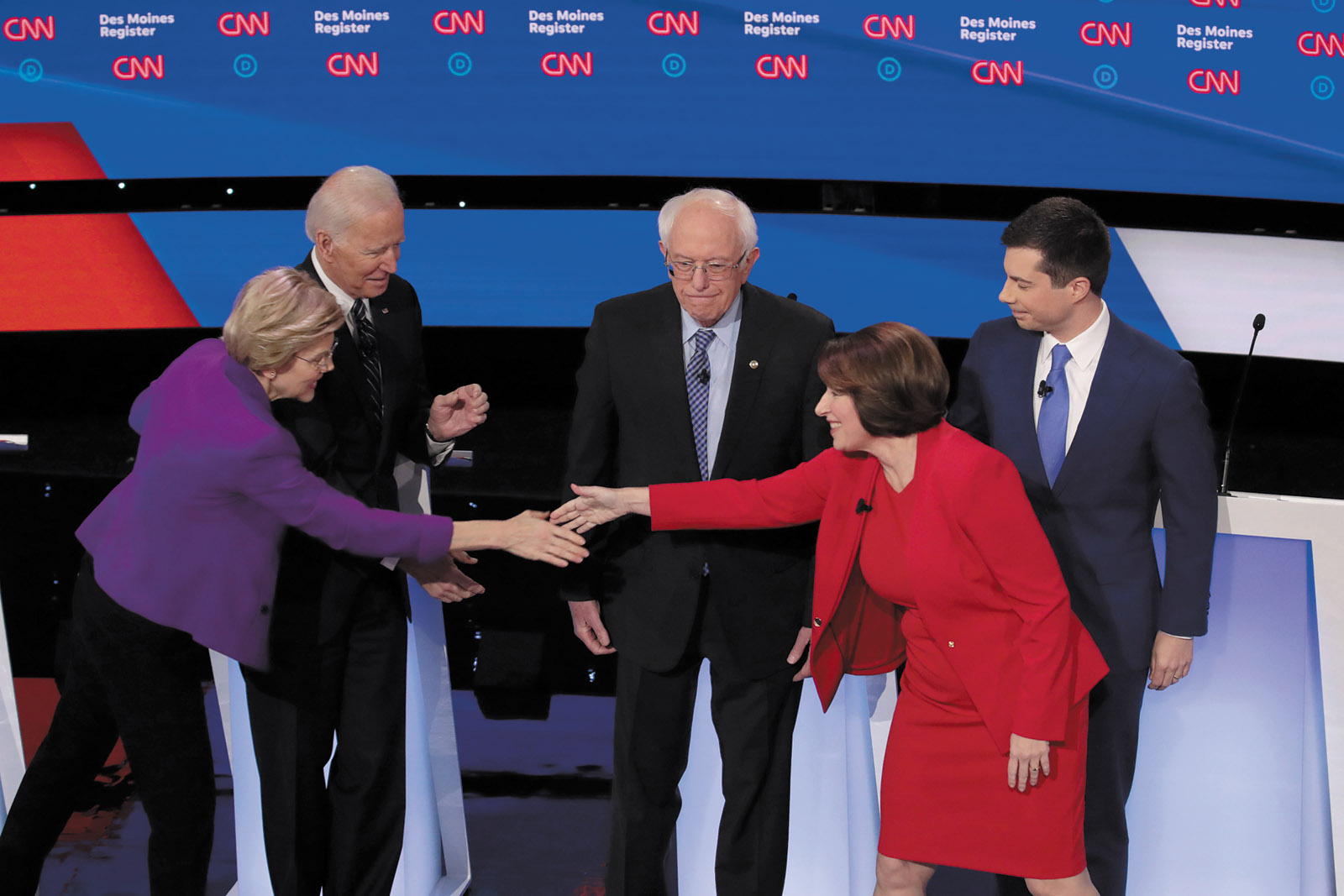 Elizabeth Warren, Joe Biden, Bernie Sanders, Amy Klobuchar, and Pete Buttigieg at the Democratic presidential debate in Des Moines, January 2020