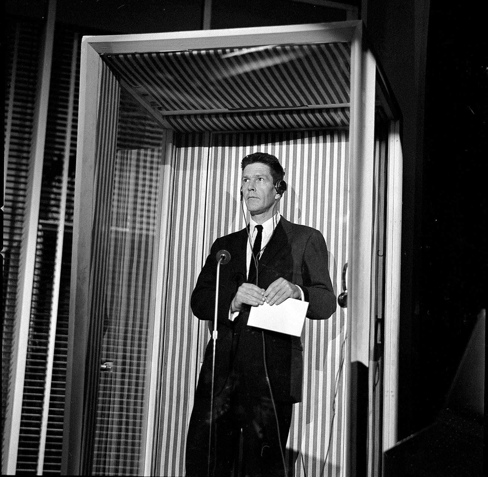 John Cage on the quiz show Lascia o Raddoppia?, Milan, 1959